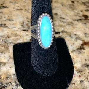 Beautiful Turquoise Silver Ring Size 6